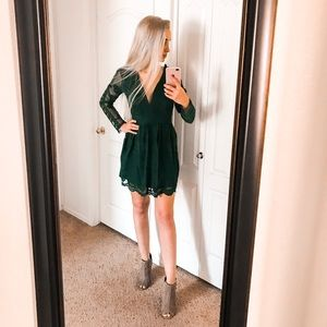 Socialite Forest Green Lace Dress